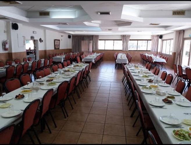 האולם של מסעדת אבו יוסף נגאר חיפה